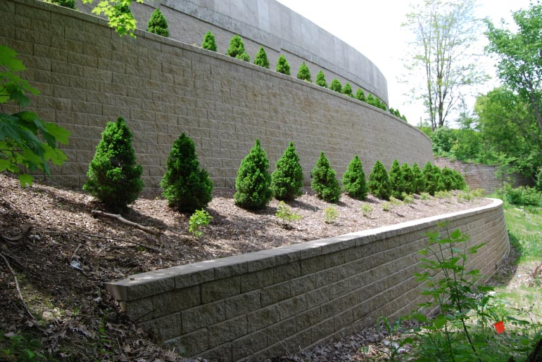 Segmental Retaining Walls - Making The Grade - Highland