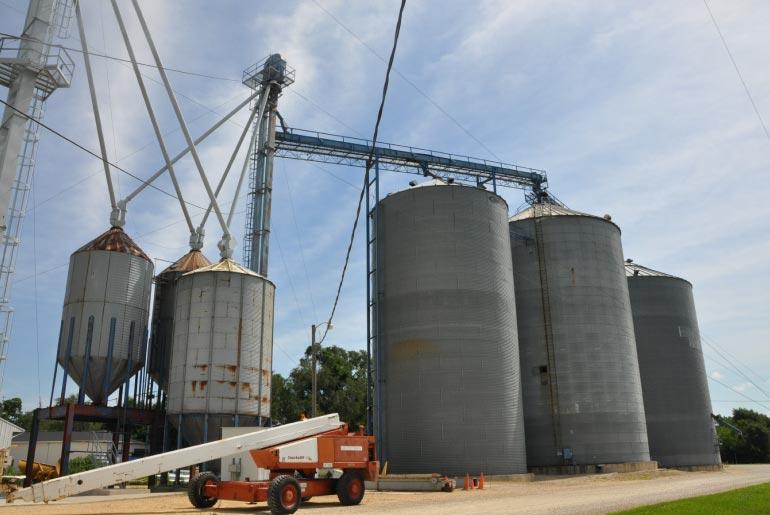 Structural engineering damage assessment agricultural grain bins and elevators, Lindenwood, IL - Highland Engineering
